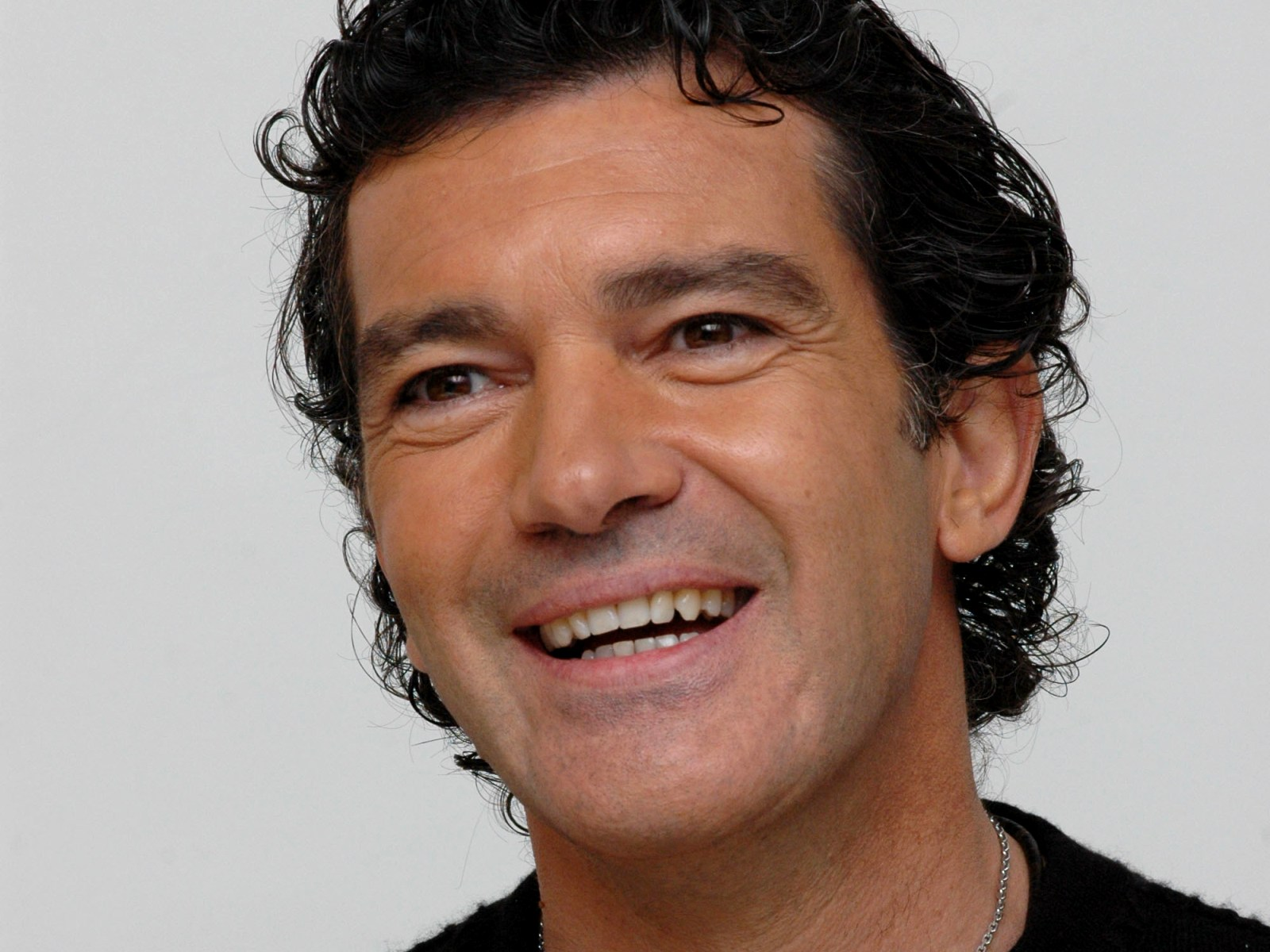 What Do You Know About Antonio Banderas? - ProProfs Quiz Antonio Banderas