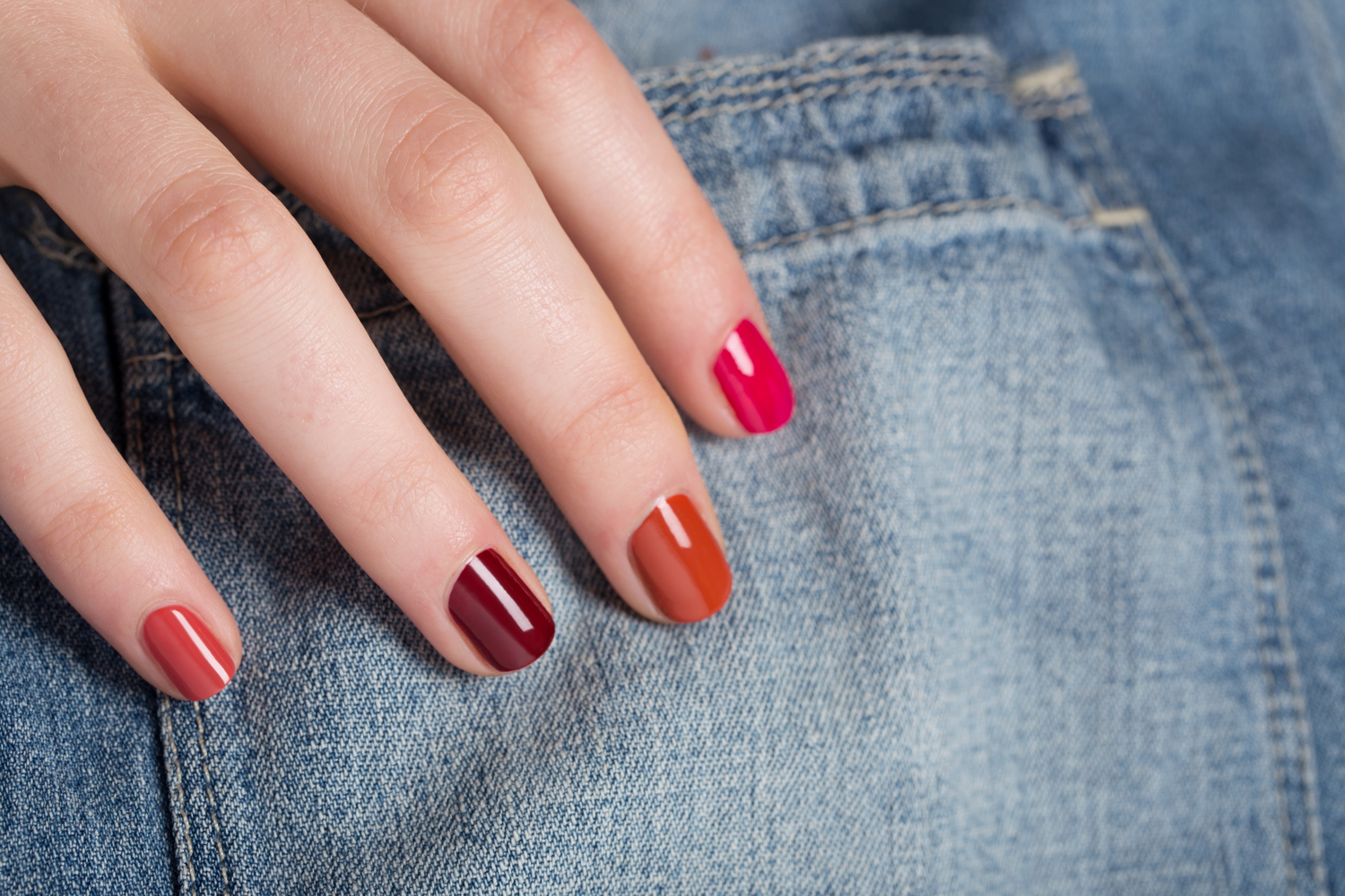 Which Color Nail Polish Suites Your Personality? - ProProfs Quiz