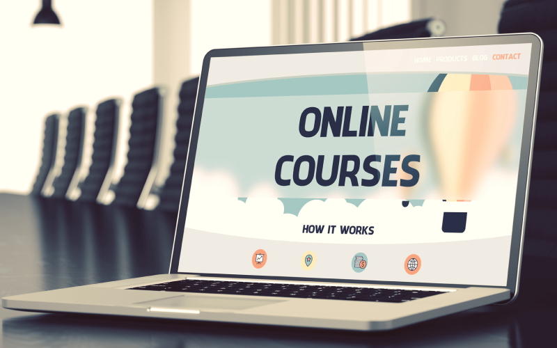Watch: How to Create an Online Course in 5 Min