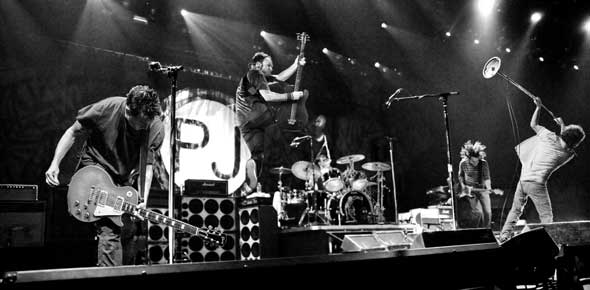 Pearl Jam Quizzes, Pearl Jam Trivia, Pearl Jam Questions