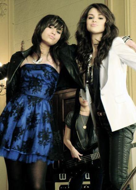 Demi And Selena Songs Quiz